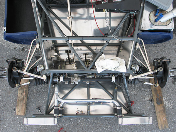 Most Elva Mk7s have braces from the frame to the tops of the radiators.