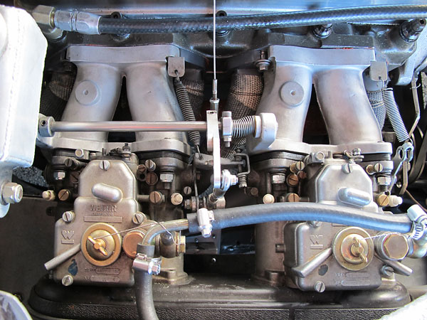 Dual Weber 45DCOE152 carburetors.