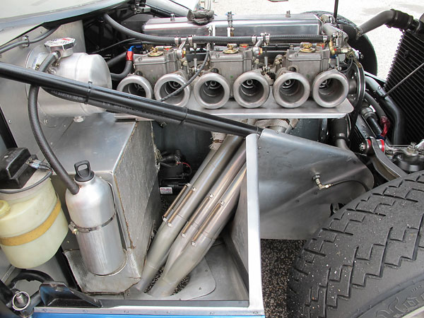 TR250K's original exhaust system was built by George Boskoff.