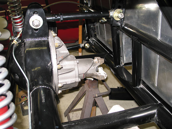 Three-link rear suspension.