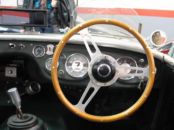 19: Derrington style steering wheel