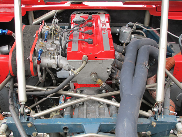 Underneath the Cosworth YB engine's DOHC 16-valve aluminum cylinder head lies a Ford Pinto engine block.