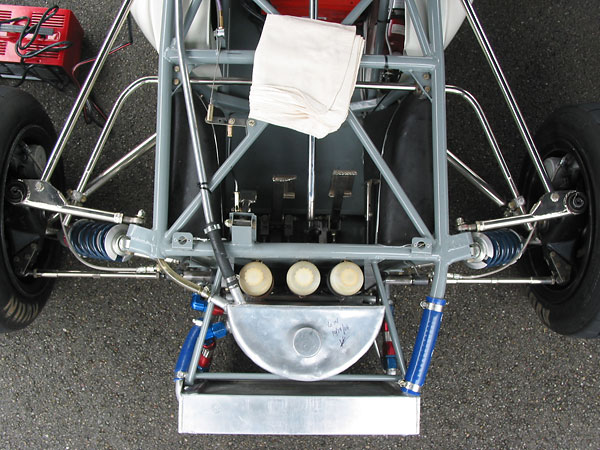 Overview of the Brabham front suspension.