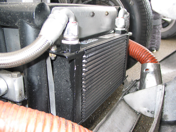 Setrab 19-row oil cooler.