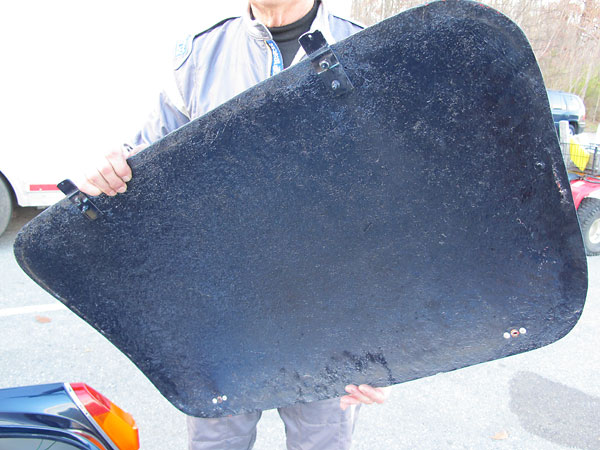 This very lightweight boot lid (e.g. trunk lid) is just an unreinforced fiberglass skin.