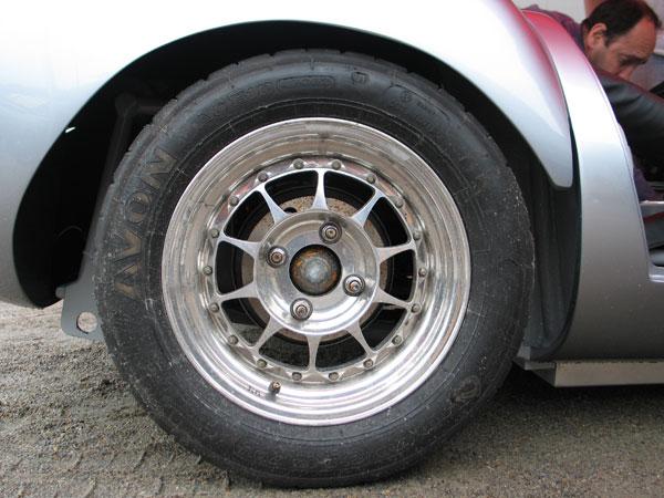 Avon ACB10 Sport 7.0/21.0/13 tires.