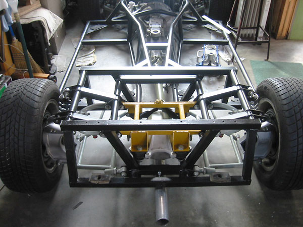 In 1971 a new backbone chassis design was developed for M Series TVRs by a dealer/enthusiast named Mike Bigland.