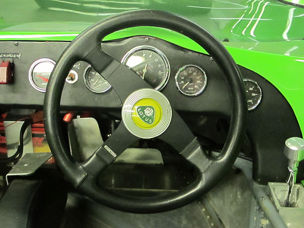 Racetech leather wrapped steering wheel.