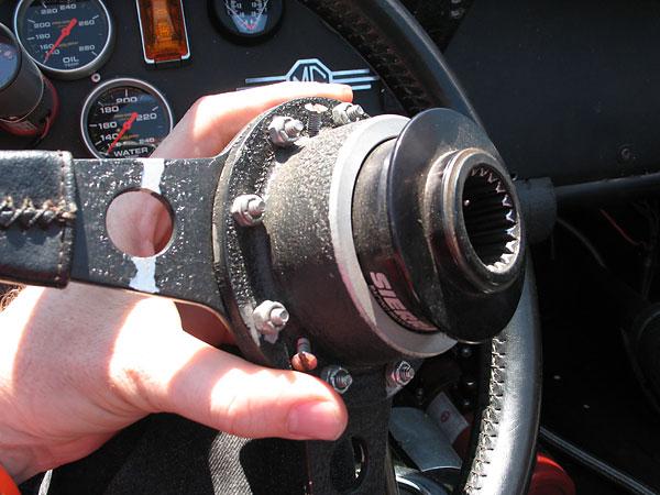 Removable Steering Wheel Hub Mg Motorsports Forum Mg