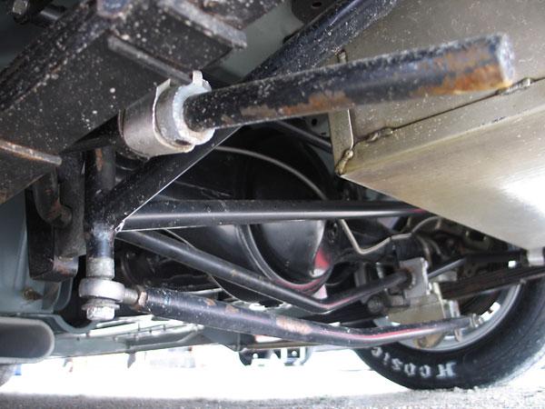http://www.britishracecar.com/EddieBeal-Huffaker-MGB/EddieBeal-Huffaker-MGB-DC.jpg