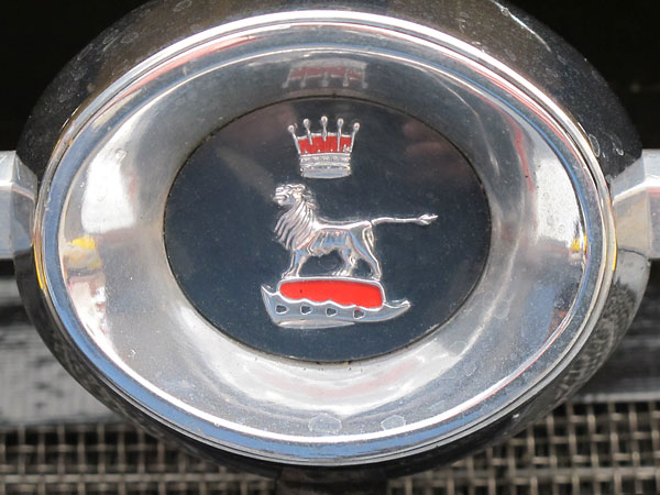 The distinctive Sunbeam Tiger grille emblem.