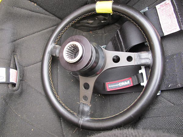 Quick release steering wheel hub, on a Grant steering wheel.