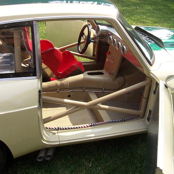 james bowler 39 s 1969 mgb gt v8 race car. Black Bedroom Furniture Sets. Home Design Ideas