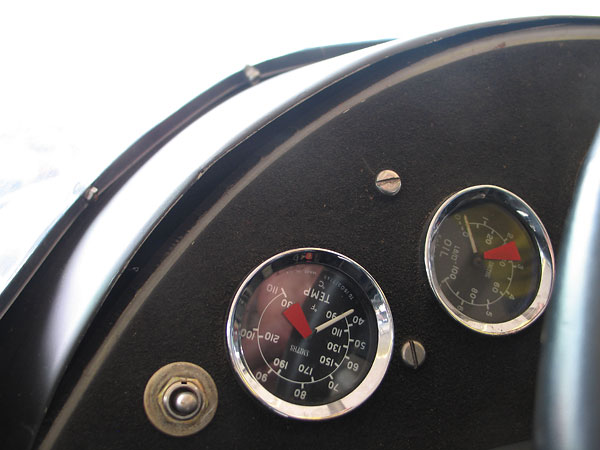 Smiths coolant temperature gauge (90-230F), and Smiths oil pressure gauge (0-100psi).