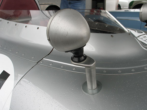 GT Classic mirrors. Curved Perspex windscreen.
