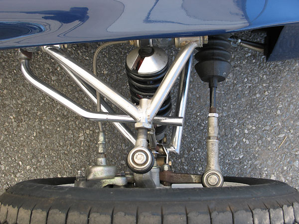 Note that sealed tie rod ends are used here in lieu of Heim joints...