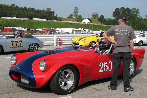 Larry Ligas U0026 39  1961 Daimler Sp250 Vintage Race Car  Number 250