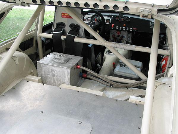 Les Gonda's 1973 MGB GT V8 Race Car