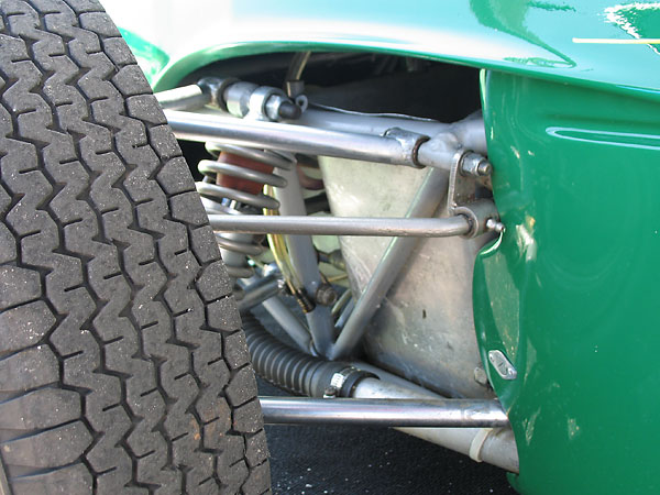 Anti-roll bar mounting bracket.