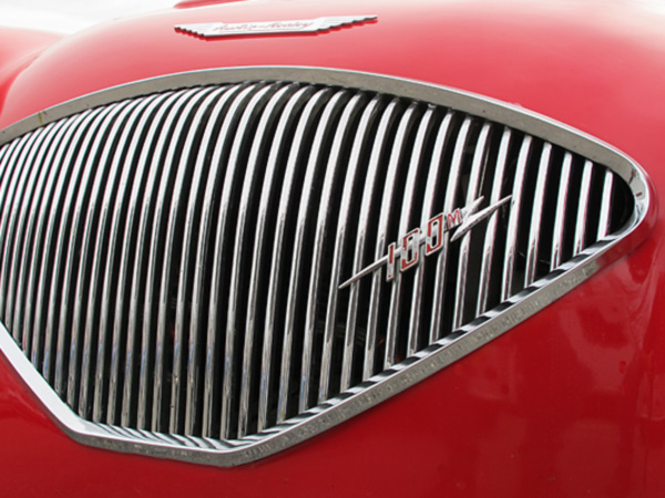 The Healey works at Warwick converted 640 BN2 series cars to 100M specs between 1955 and 1956.
