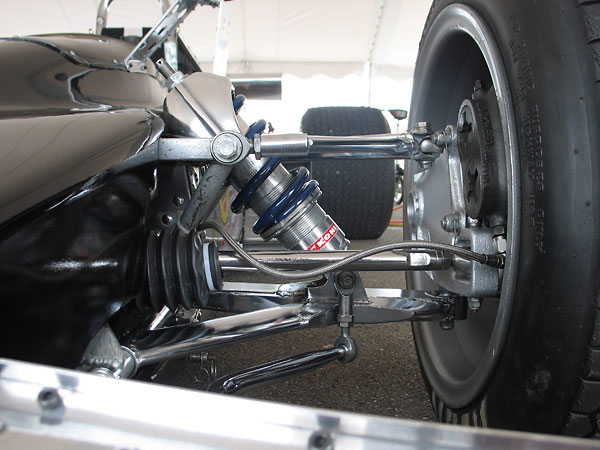 Both front and rear uprights are Lotus parts too.