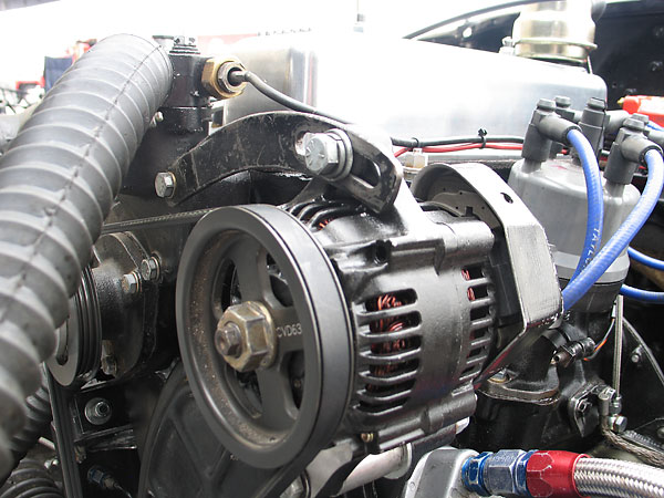 Nippondenso alternator with CV Products oversize pulley.