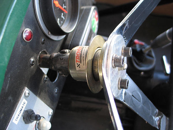Troyer quick release steering wheel hub.