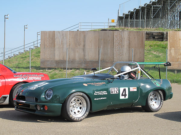 The RV8's first race appearance was judged perfectly respectable.