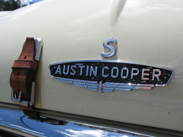 Rachel Nelsons 1965 Austin Mini Cooper S Racecar Number 68