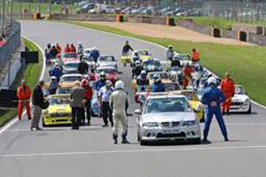 http://www.britishracecar.com/RussMcCarthy-MG-MGBGTV8/JohnTargettMemorialRaceAtBrands.jpg