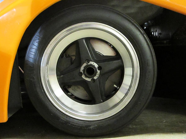 McLaren magnesium 15x11 front wheels, fitted with Avon tires.