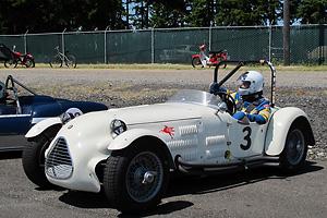 http://www.britishracecar.com/TerryBuffum-Jaguar-ParkinsonSpecial/TerryBuffum-Jaguar-ParkinsonSpecial-A.jpg