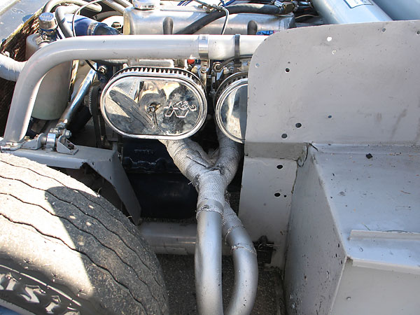 Custon tri-y exhaust header.